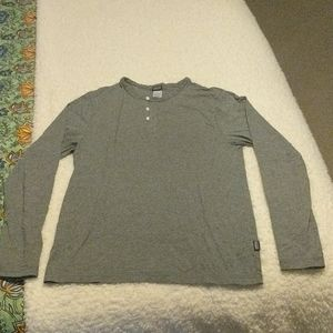 Long-Sleeved Organic Cotton Lightweight Henley